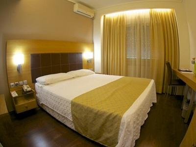 Badekar Ute Capsis Hotel Thessaloniki In Greece Room Deals Photos Reviews
