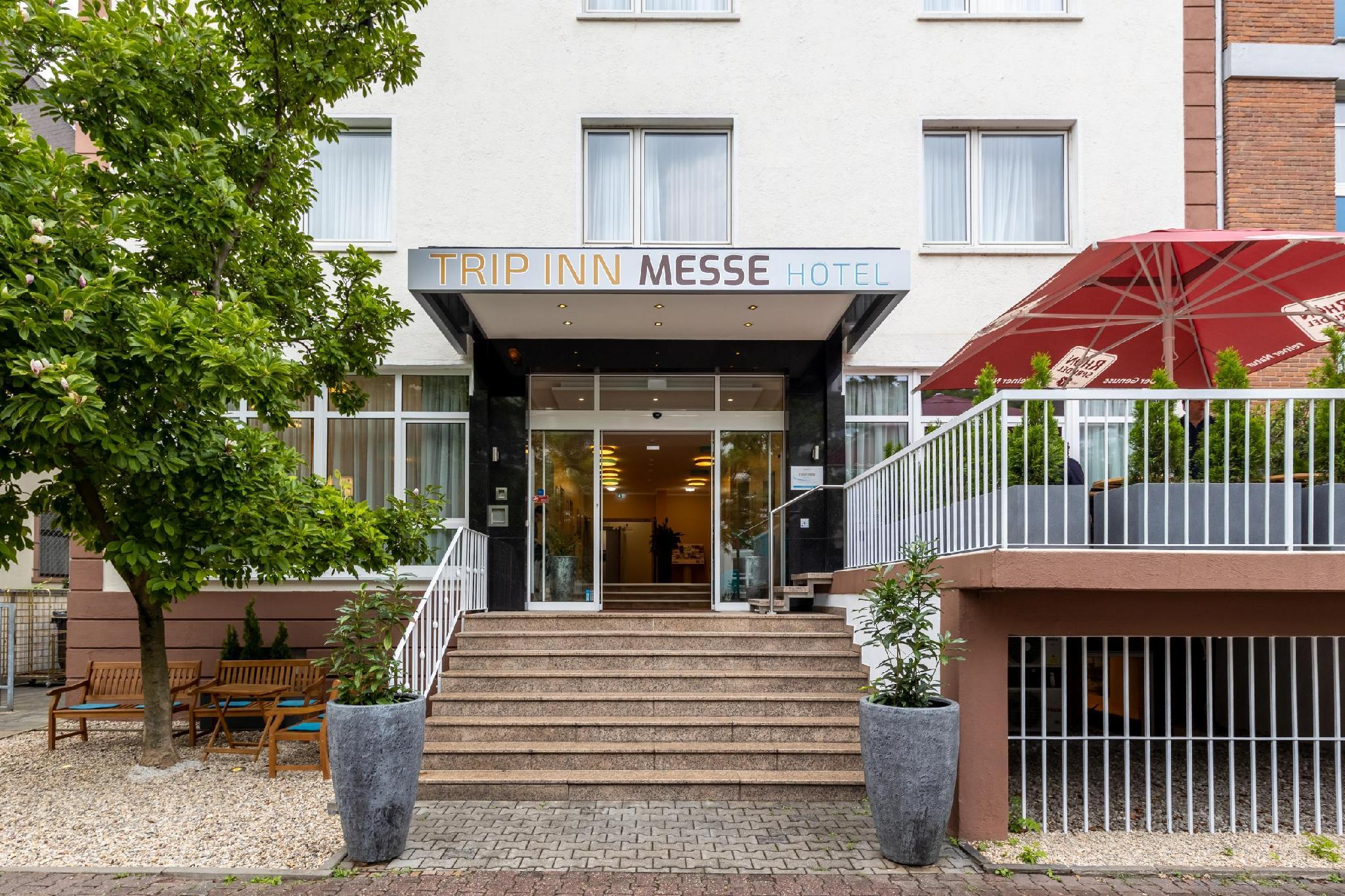 Cash Pool Frankfurt Hauptbahnhof Trip Inn Messe Westend In Frankfurt Am Main Room Deals