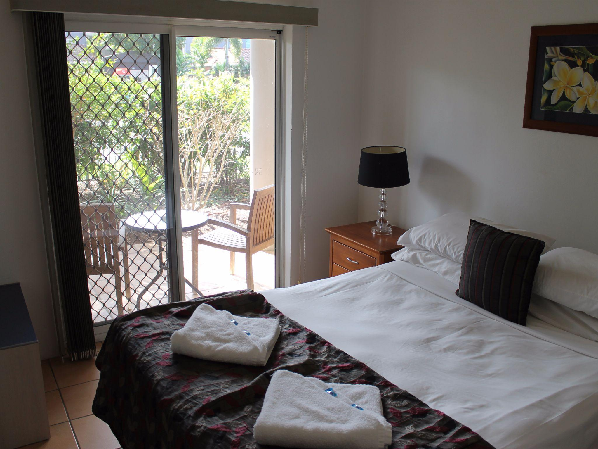 Beds Cairns Best Price On Cairns Reef Apartments And Motel In Cairns