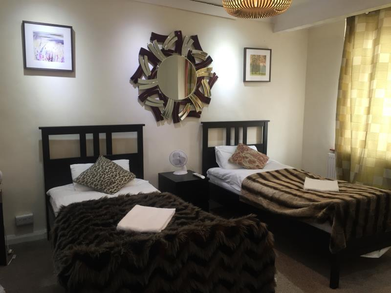 Bed And Breakfast Romford Best Price On Romford House In London Reviews