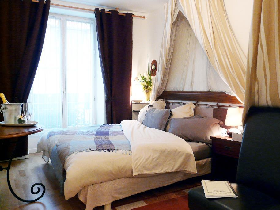 Chambre De Paris Best Price On Chambres De La Grande Porte In Paris Reviews
