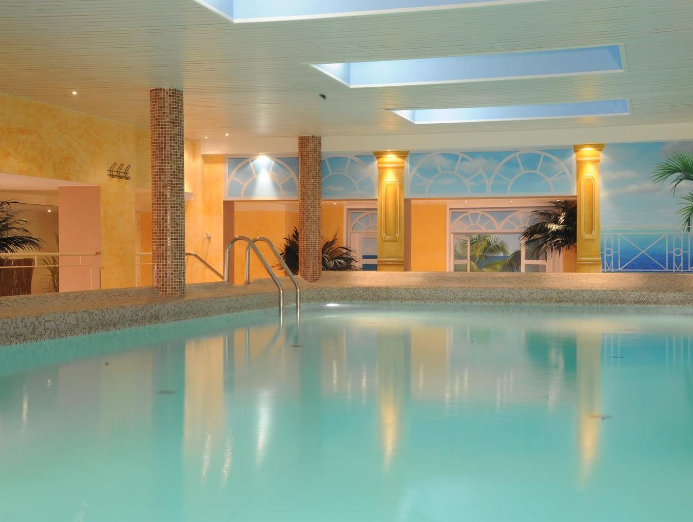 Pool Bremen Best Western Hotel Zur Post In Bremen Room Deals Photos