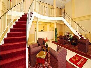 Econo Lodge Photo Lobby