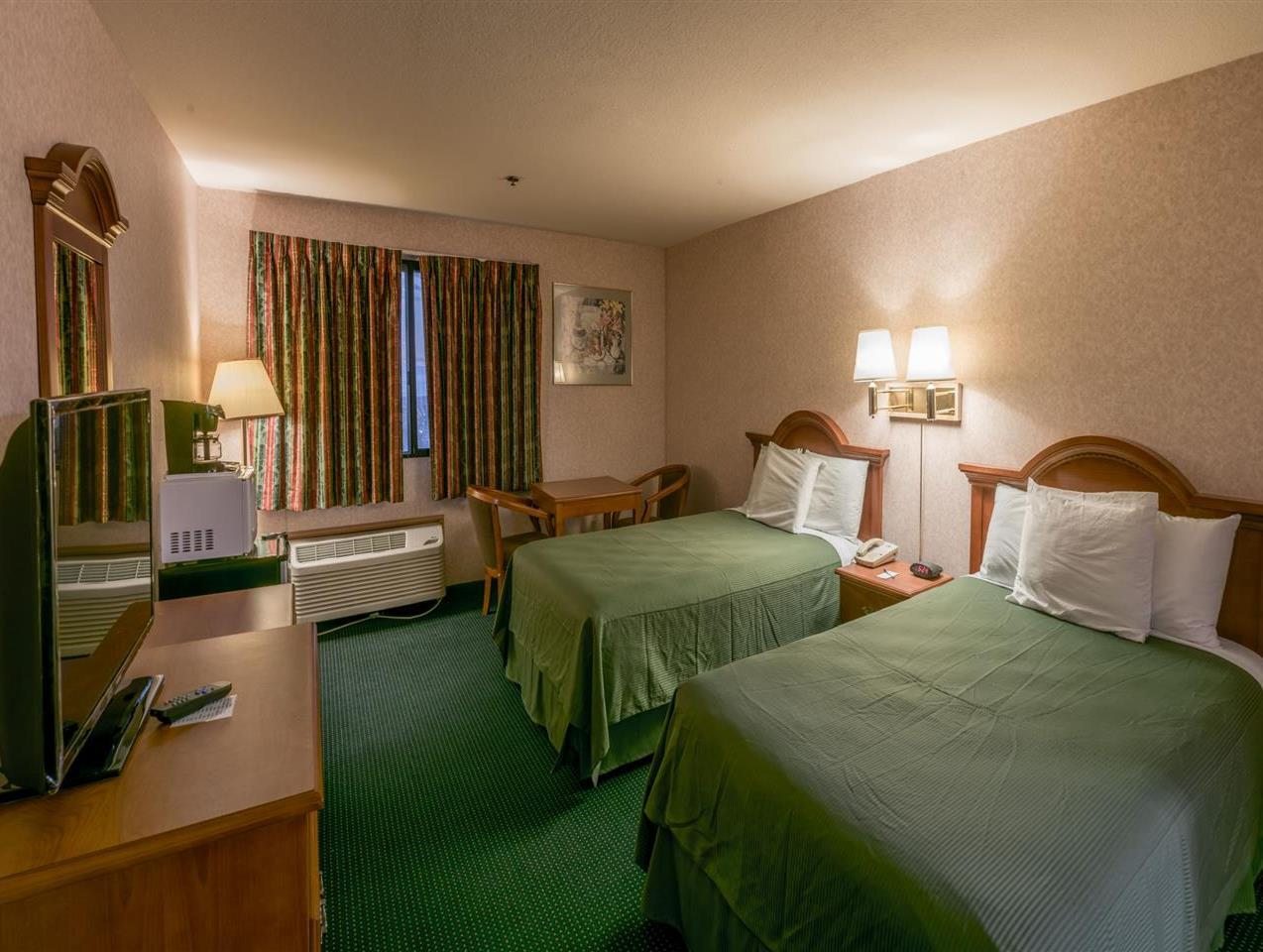 Hills Garden Hotel San Bernardino Photo Guest Room