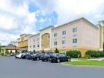 Quality Suites Tinton Falls New Jersey