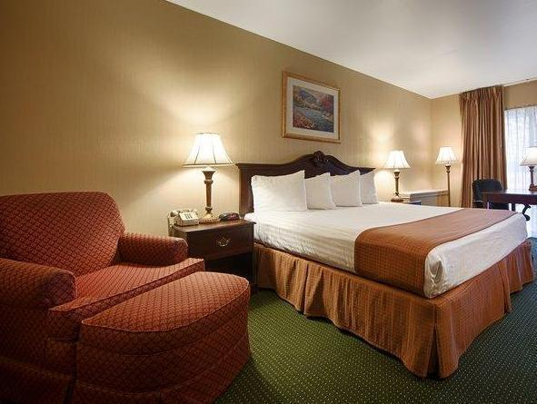 Roll in Shower 1 Double Bed Special Deal Best Western Gateway Adirondack Inn