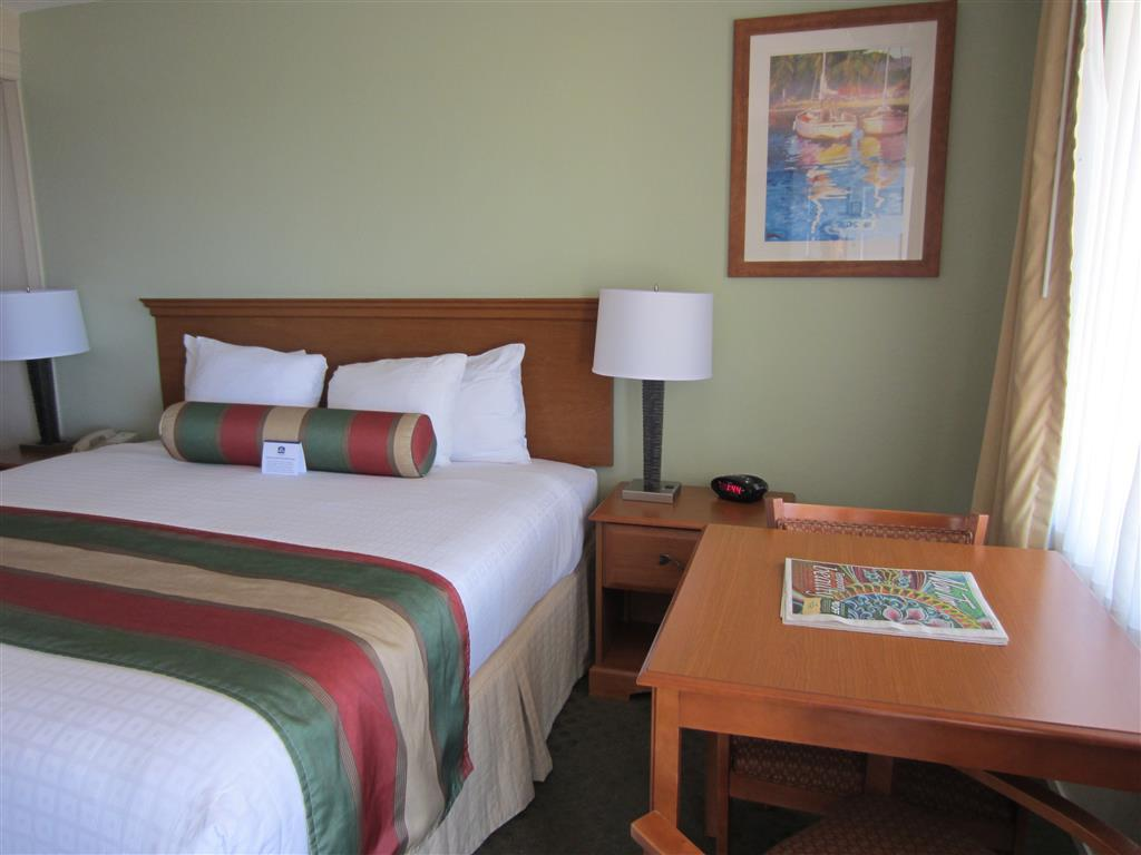 1 Queen Bed Limited Deal Best Western El Rancho