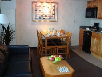 Bluegreen Vacations at Atlantic Palace, Ascend Resort Collection Photo Suite Room