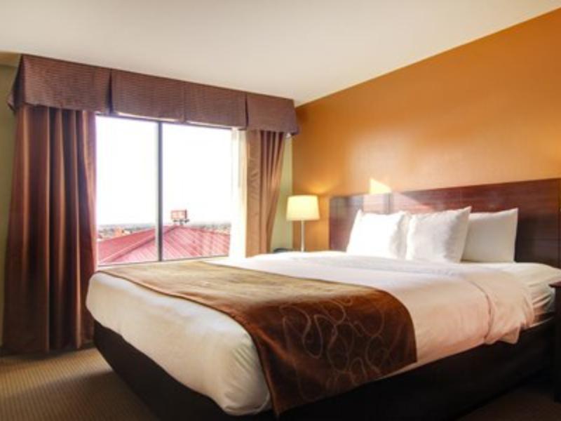 1 King Bed, Suite, No Smoking Comfort Suites El Paso