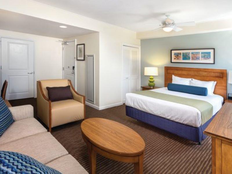Hotel Room Oceanside Pier Resort