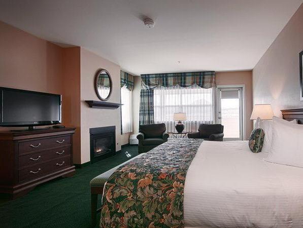 1 Queen Bed Non-Smoking Best Western PLUS Landing Hotel