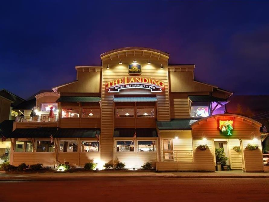 Best Western PLUS Landing Hotel Photo Exterior
