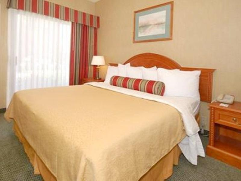 Accessible 1 King Bed Rollin Shower CW Suites John Wayne Airport