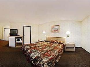 1 Queen Bed, Smoking Rodeway Inn