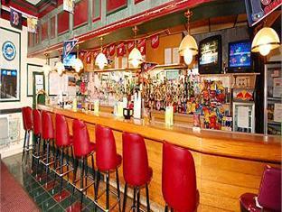 Econo Lodge Photo Pub/Lounge