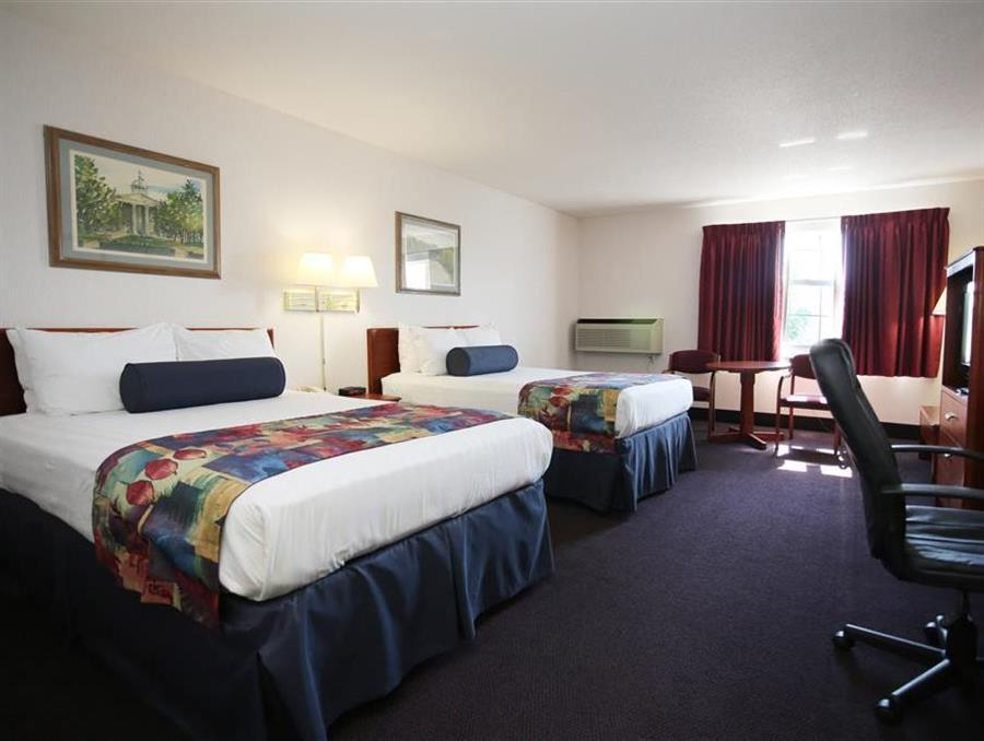 2 Double Room Best Western Parkside Inn