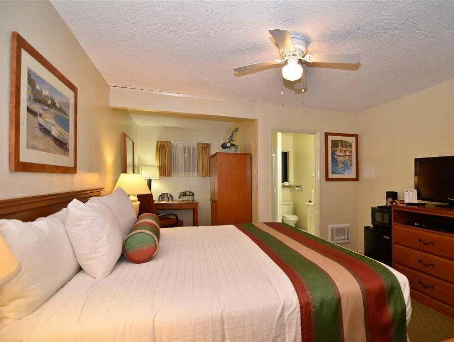 1 King Oversized Room Special Deal Best Western El Rancho