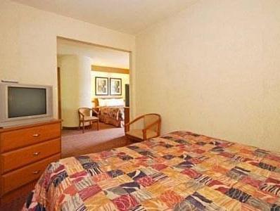 2 Queen Beds  No Smoking  Accessible Room   Rodeway Inn