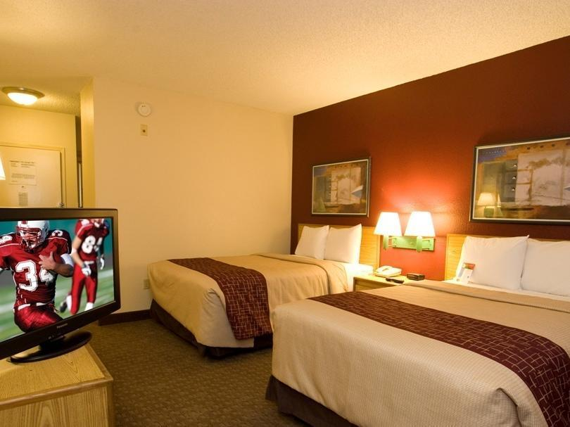 Deluxe Business 2 Full Beds Smoke-Free Red Roof Inn El Paso West