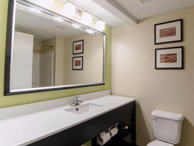 1 King Bed Suite No Smoking Comfort Inn