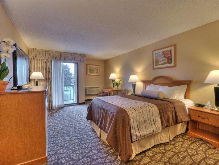 1 King Bed Smoking Best Western Clifton Park