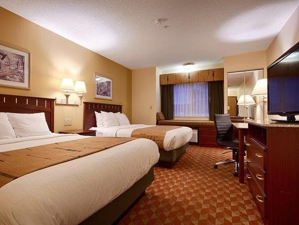 2 Double Beds Best Western Crown Inn and Suites