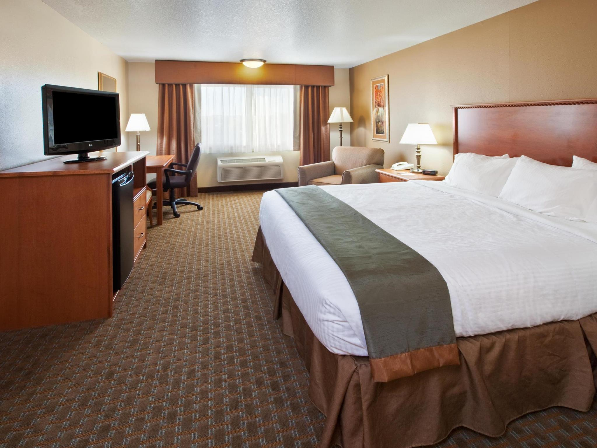1 King Room Best Western Empire Towers