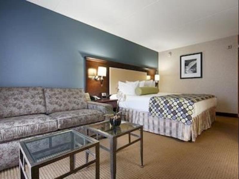 Courtyard King Room Best Western PLUS Coeur dAlene Inn