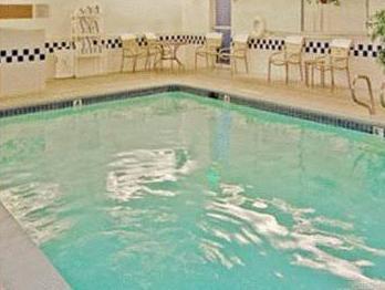 Ramada Coeur D'Alene Photo Swimming Pool