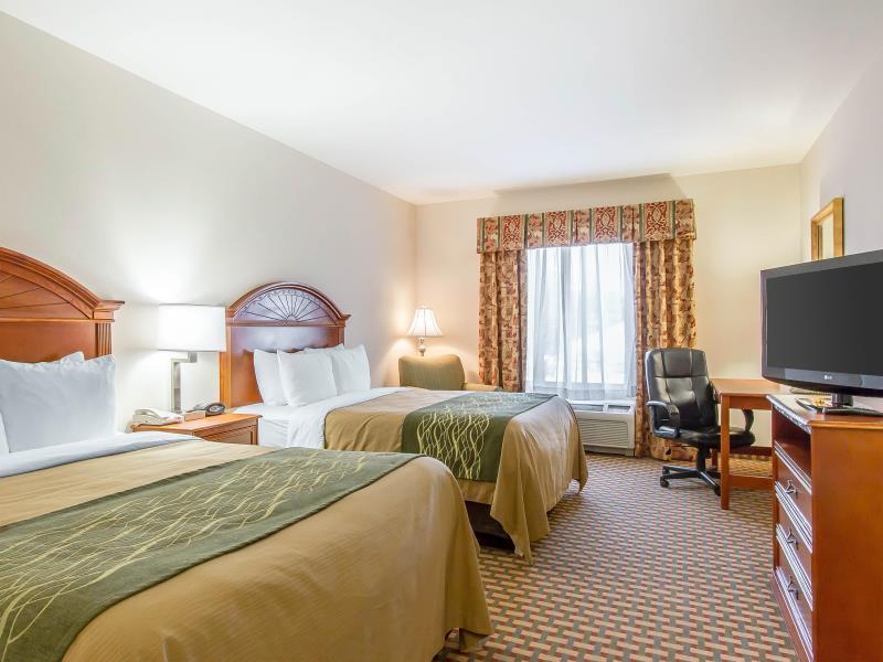 2 Queen Beds, No Smoking Comfort Inn and Suites Norman