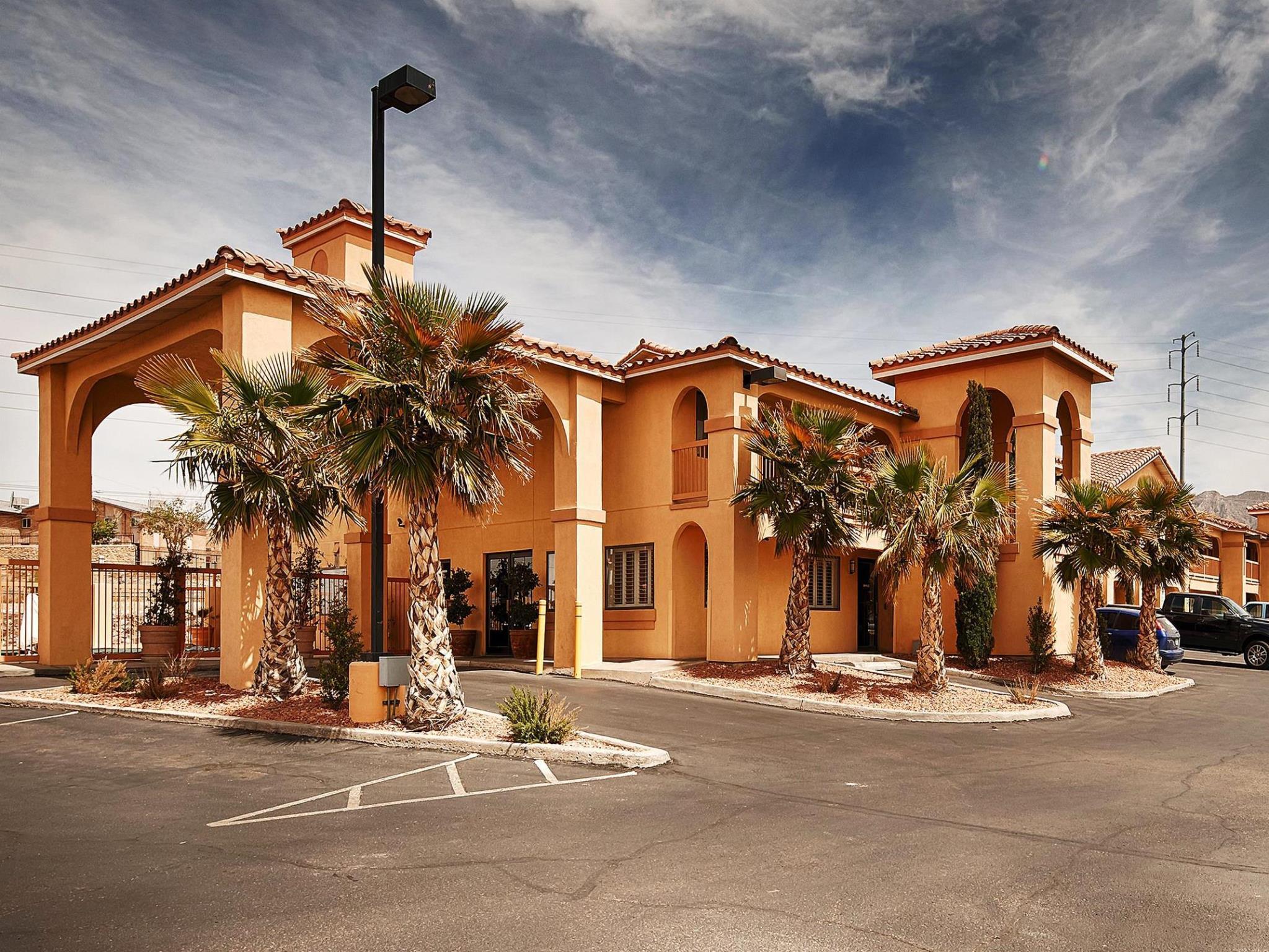 Best Western Sunland Park Inn Photo Exterior