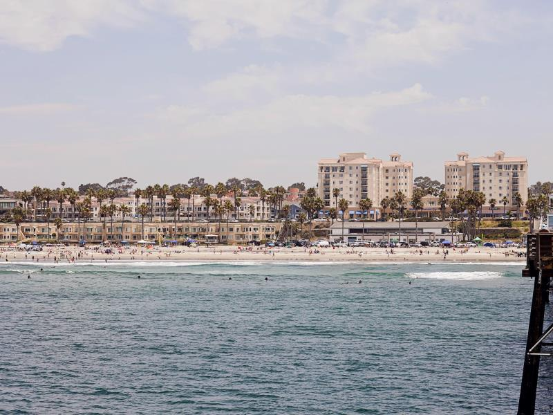 Oceanside Pier Resort Photo Beach
