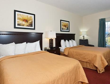 2 Double Beds, Smoking Baymont Inn & Suites Decatur