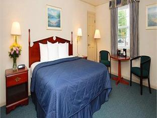 1 Queen Bed Suite No Smoking  Comfort Inn & Suites Colonial