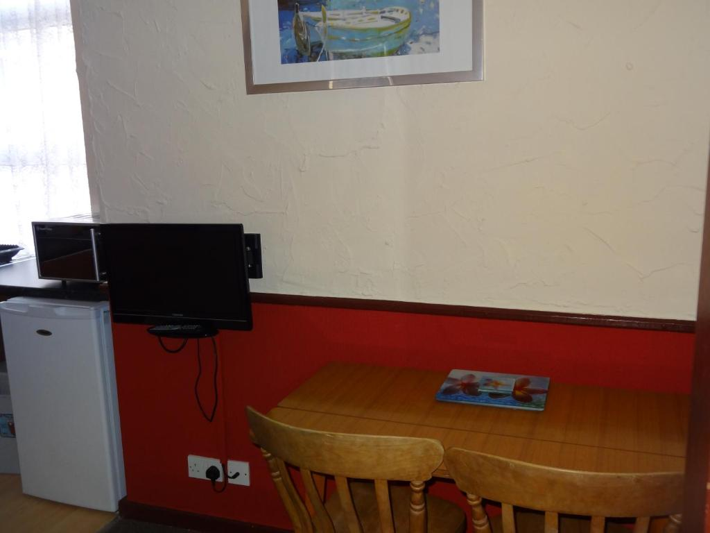 Apartments For Couples Best Price On Lindisfarne Holiday Apartments Families Couples