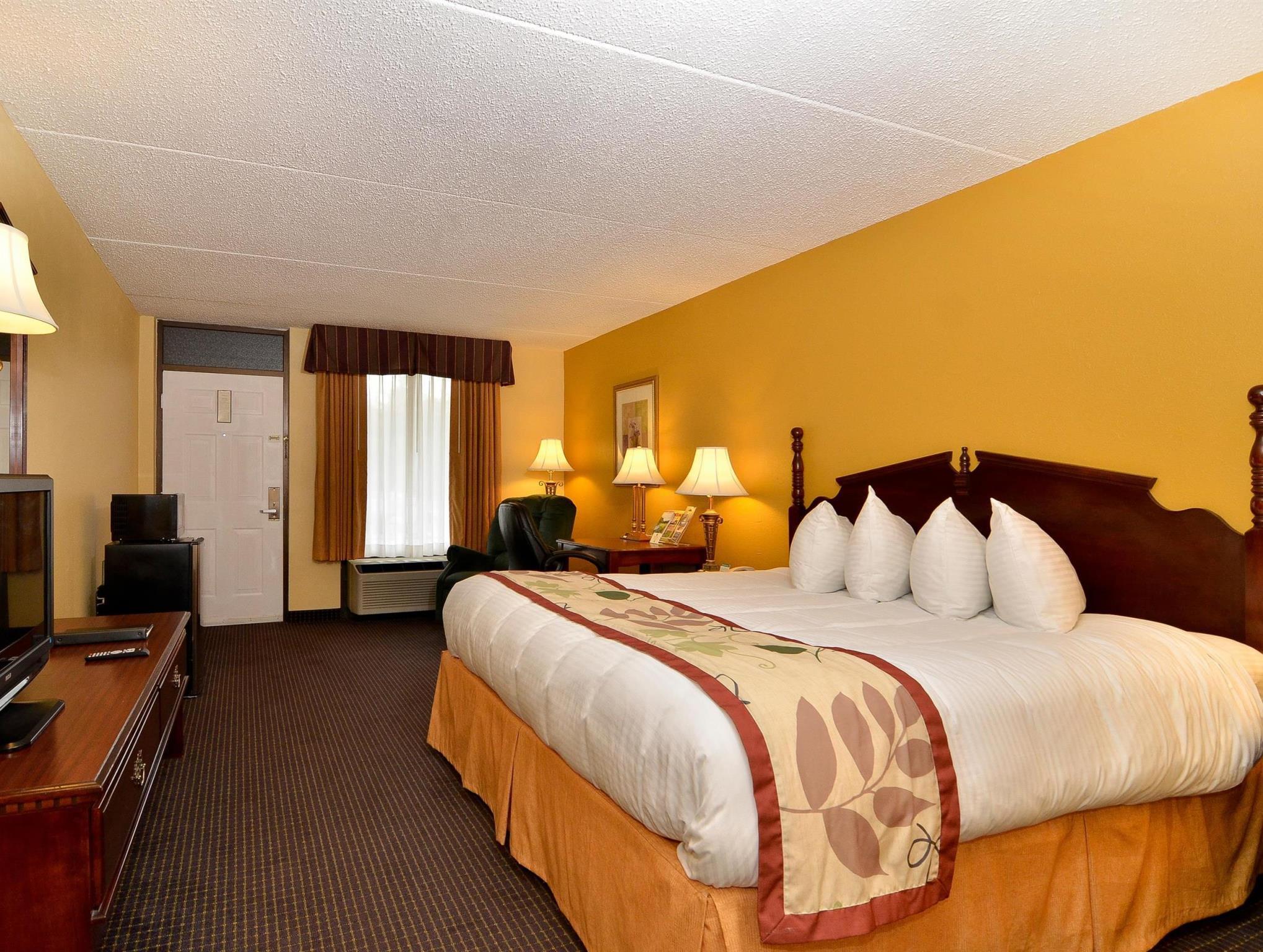 1 Queen Bed Best Western Corbin Inn