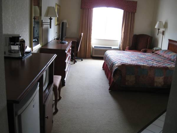 Econo Lodge Inn and Suites Marianna Photo Picture Image 11395356