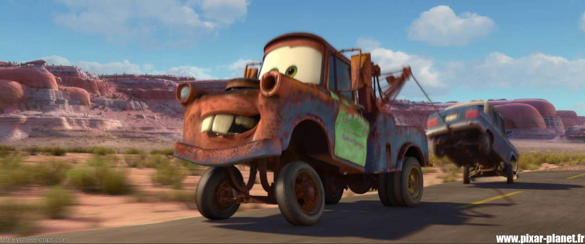 Mater Cars Wallpaper Les R 233 Pliques Dans Cars 2 Pixar Planet Fr
