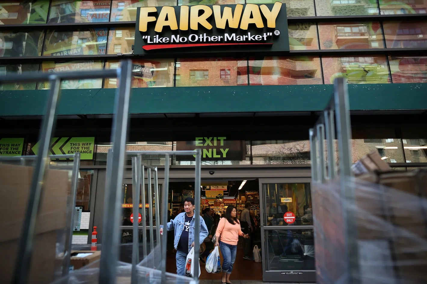 Fairway Shop Inside The Collapse Of Fairway New Yorks Favorite