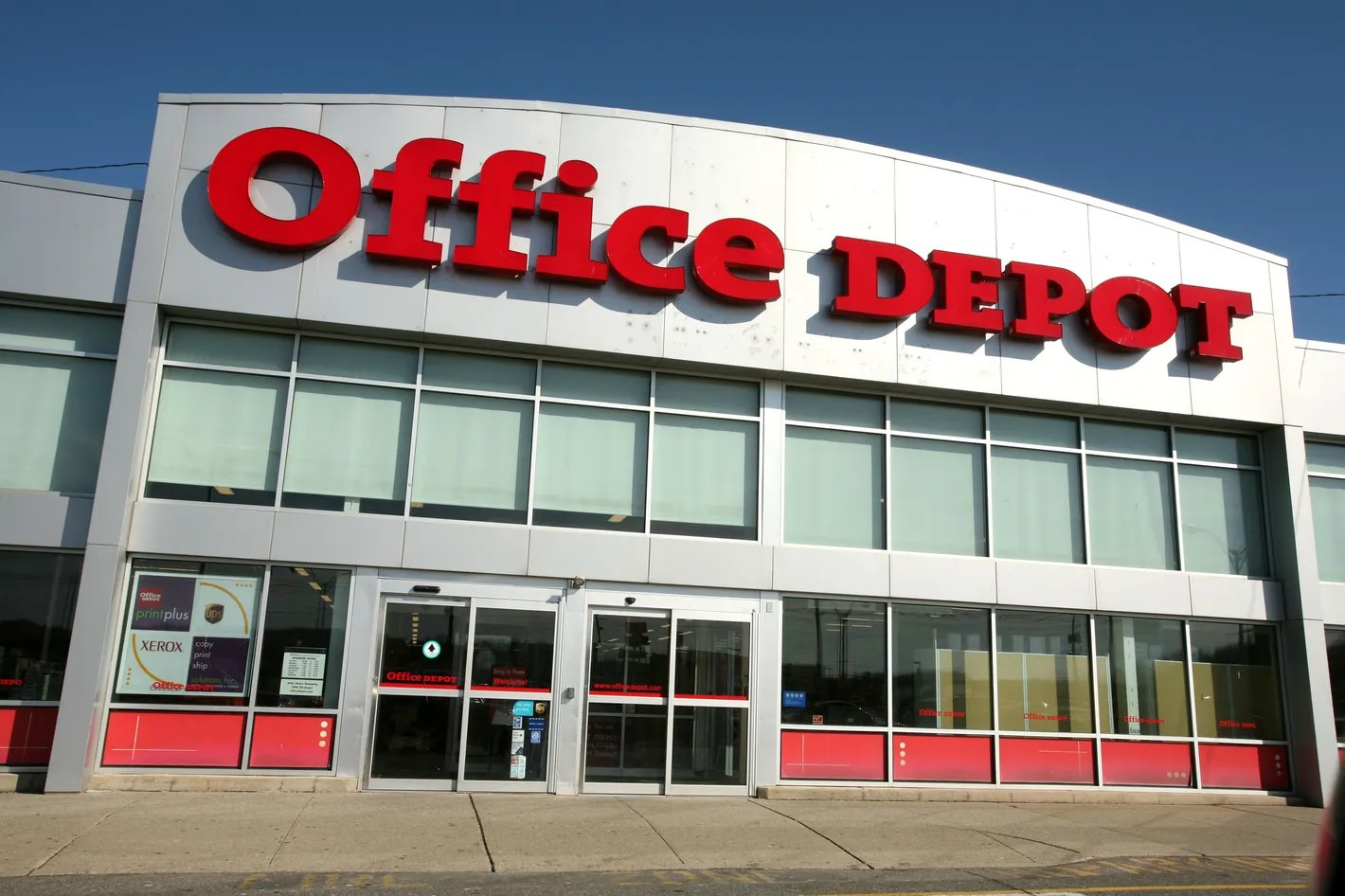 Office Stores Officemax And Office Depot To Merge