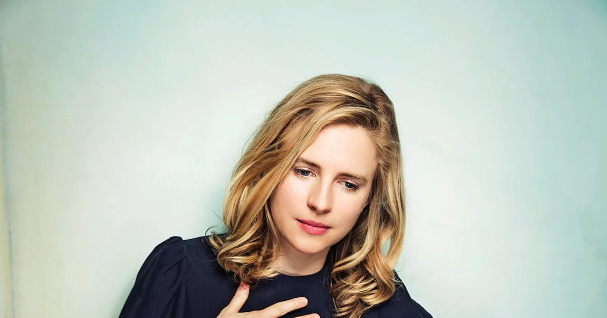 City Wallpaper Iphone Brit Marling On Cults Dating And I Origins Vulture