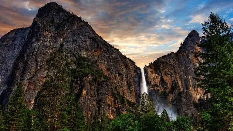 Fall Wallpaper For Desktop Background Bridalveil Fall Trail Yosemite National Park California
