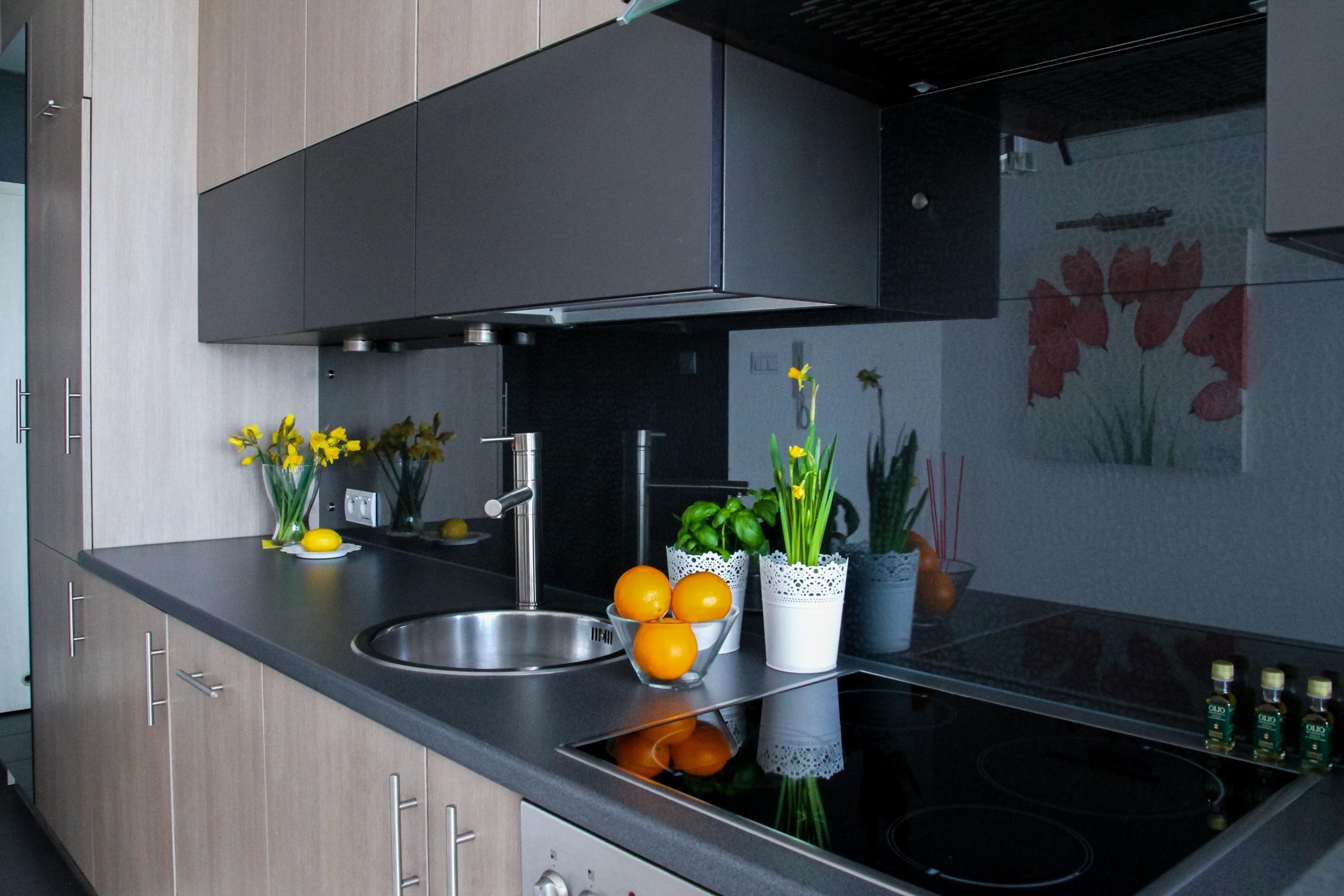 Miniküche Ohne Kühlschrank Gebraucht : Küche ohne herd und kühlschrank singleküchen mit backofen neu