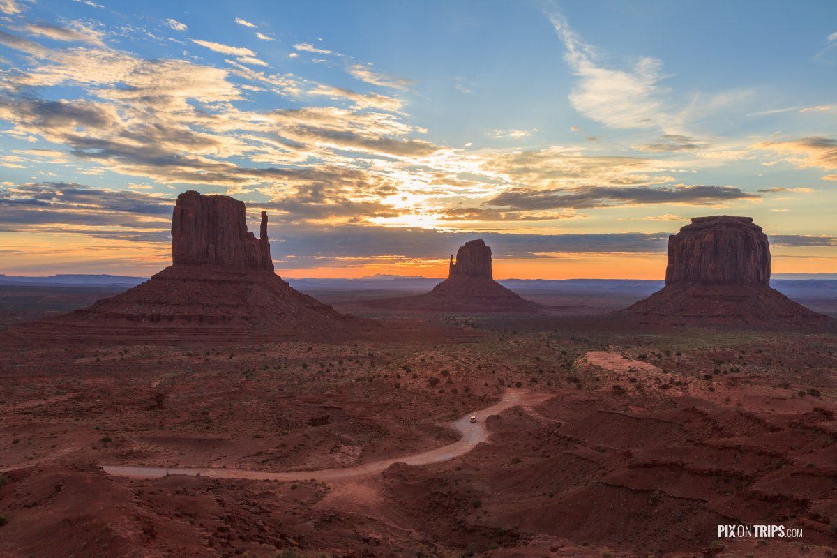 Cherry Blossom Wallpaper Pix On Trips | Monument Valley Navajo Tribal Park At Sunrise