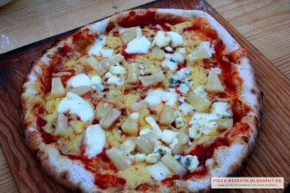 Pizza Blue Hawaii vegetarisch