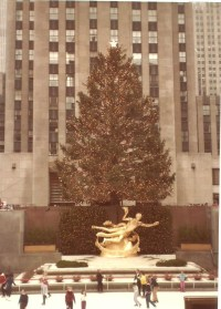 Rockefeller Center Tree Lighting | Blogs by MadgaleneJewels
