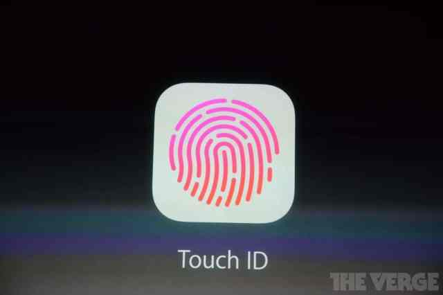 Lector de huellas en el iPhone 5S. El iTouch