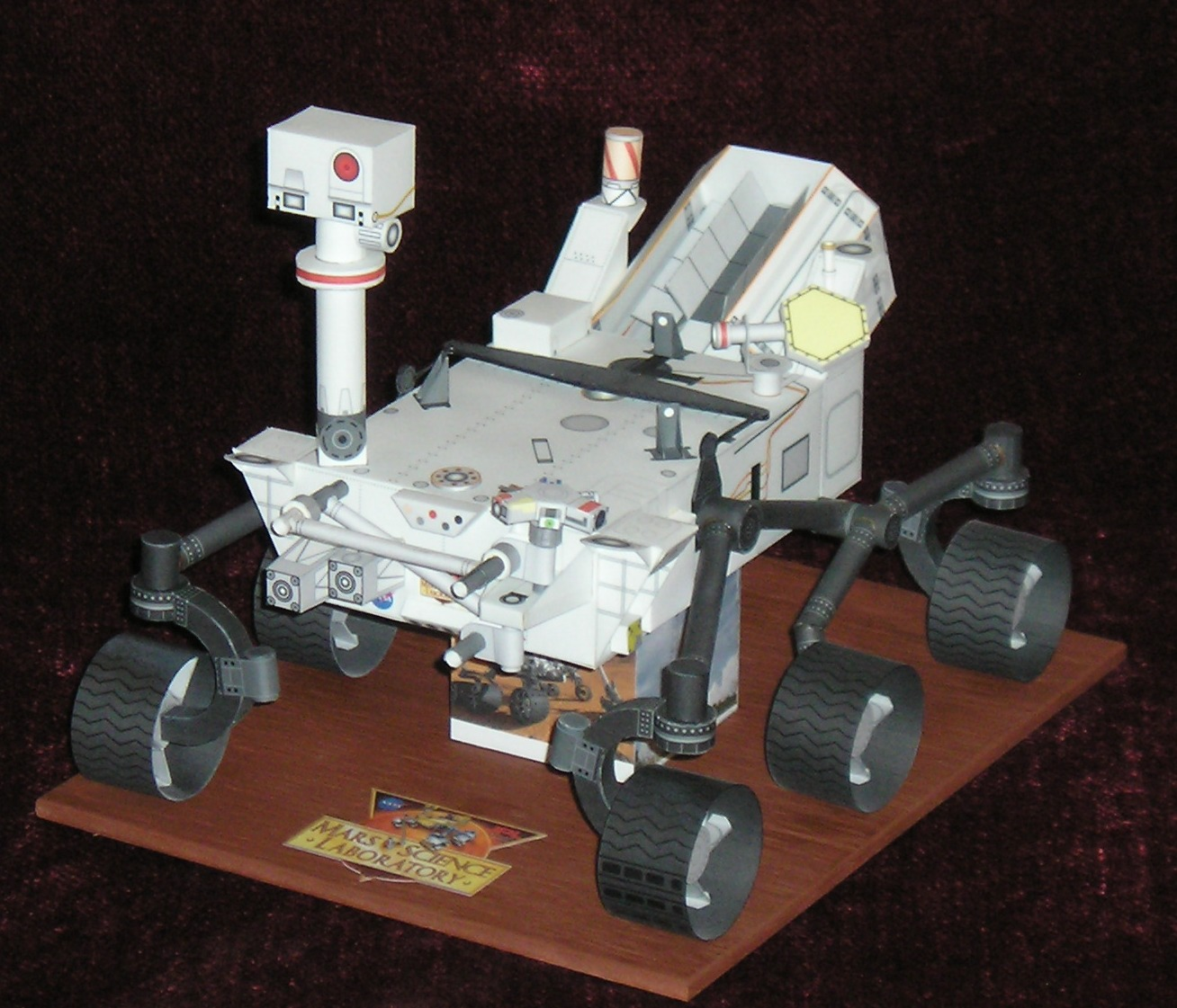 Moon Buggy Diy Build Your Own Papercraft Curiosity Rover The Planetary