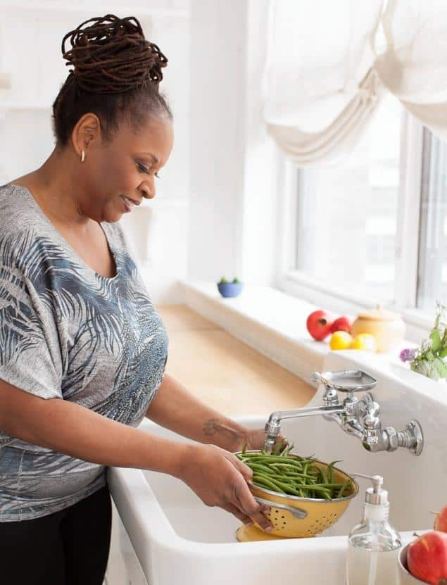 Robin Quivers Details Her Path to Health in 'The Vegucation of Robin'