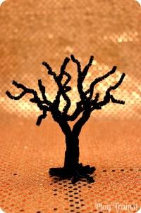 Spooky Pipe Cleaner Trees -- Halloween Craft Tutorial